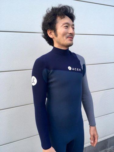 新感覚!ACER EXHIBITING EXPERTISEウェットスーツ 1パネルシステム