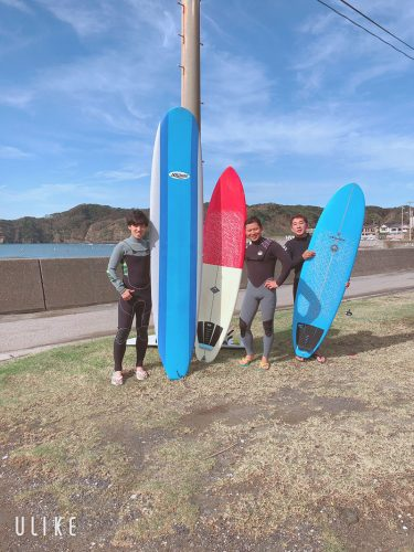 さあ、ご一緒に!サーフィンスクールレポート動画あり!