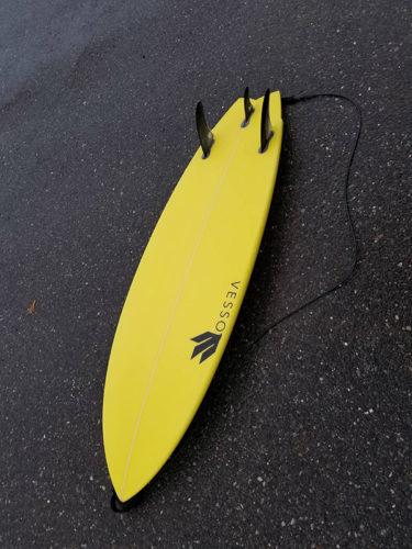 小波が待てないニューモデルManini乗っちゃった この週末朝6時から試乗ボード貸し出しますヨ〜